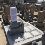 春日野墓地にて、墓石の建て替え工事