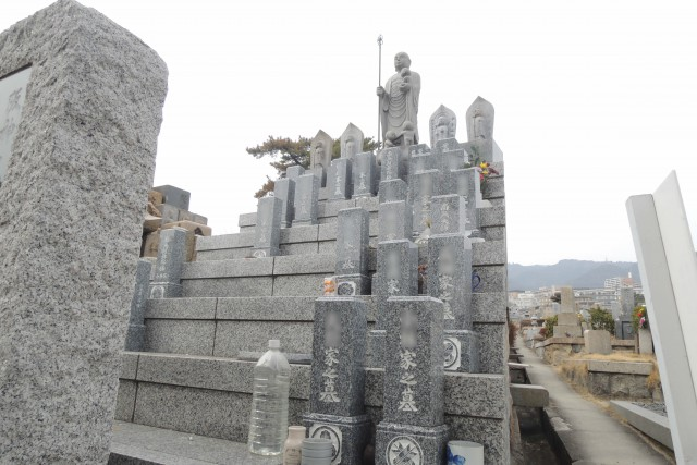 石屋墓園23
