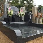 舞子墓園で洋型デザイン墓石を建立させていただきました。