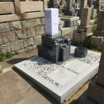 春日野墓地にて墓石の建替え工事