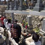 森共同墓地にて竿石入れ替え工事