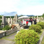 神戸市営鵯越墓園にて霊標の文字彫り&納骨式
