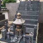 弘法寺永代供養墓にて墓石を5本建立