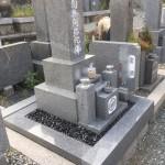 森共同墓地にてお墓の修理
